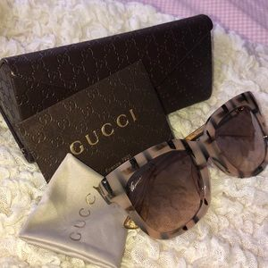 Gucci Sunnies